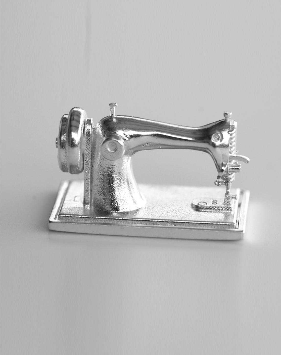 sewing machine 3d